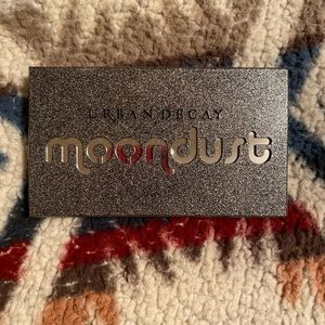 Urban decay moon dust pallet
